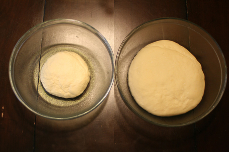 3_pizza_dough_unrisen__risen_medium