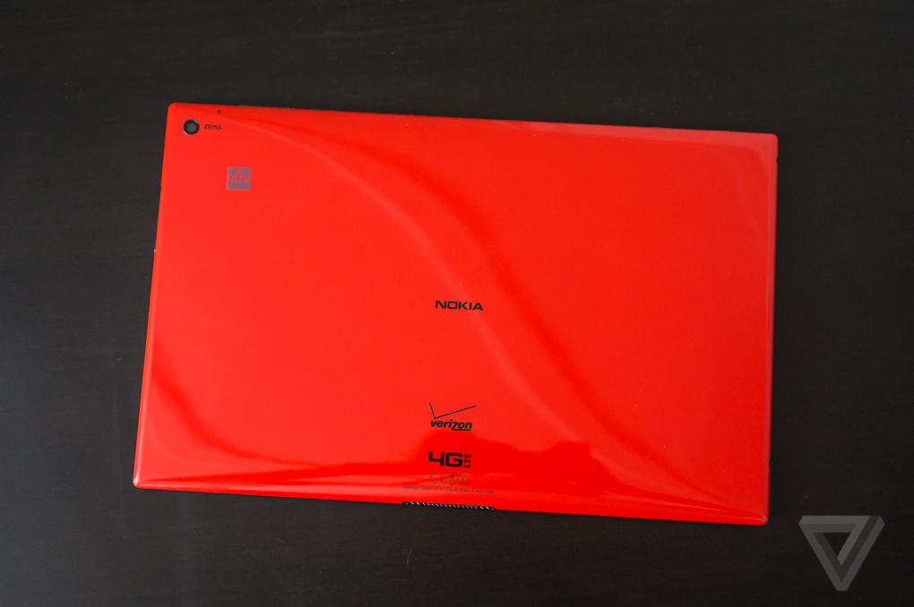 Lumia2520-1020-7