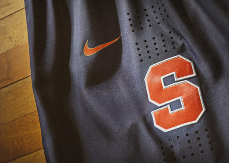 Nike_2014_ncaa_bball_kits_cuseblu_det_2_v_detail_medium