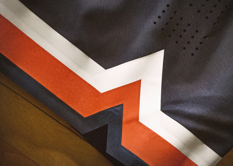 Nike_2014_ncaa_bball_kits_cuseblu_det_4_v_detail_medium