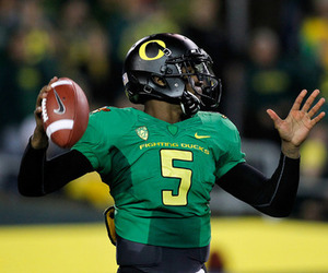 In Front Of A National Audience For ESPNs Thursday Night Football The Ducks Decided To Try Something COMPLETELY Different From Their Usual Crazy