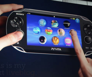 Ps-vita-hands-on-550-rm-timn1_large