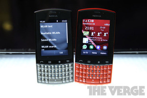Nokia Asha 303