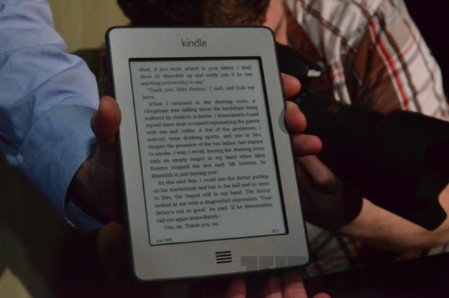 Kindle Touch Hands on
