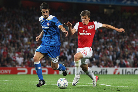 UEFA Champions League 2011 12 06 Group F Olympiacos Vs Arsenal 7