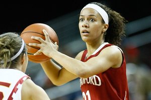 University of Washington coach Tia Jackson says that Stanford University guard Rosalyn Gold-Onwude has a tendency to be thrown off by defensive pressure. However, Washington might have a more difficult time than UConn or UCLA in disrupting Stanford's offense.