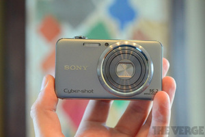 Gallery Photo: Sony Cybershot WX50, WX70, and TX200V hands-on pictures