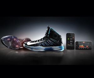 Nike+ Basketball Hyperdunk+ sneakers press