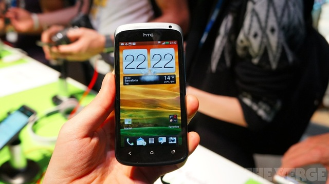 Gallery Photo: HTC One S hands-on photos