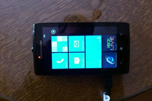 Sony Ericsson codename Julie Windows Phone 7