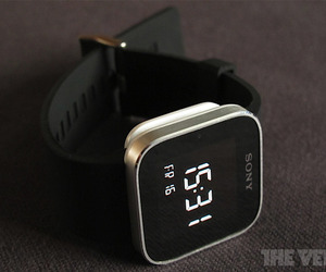 Sony SmartWatch Head 1020px