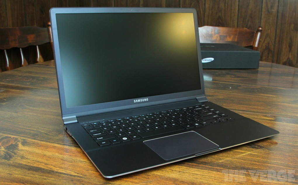 Samsung Series 9 15-inch stock 1024 review main