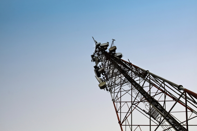 cell tower shutterstock 1000