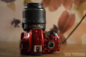 nikon red d3200 hero