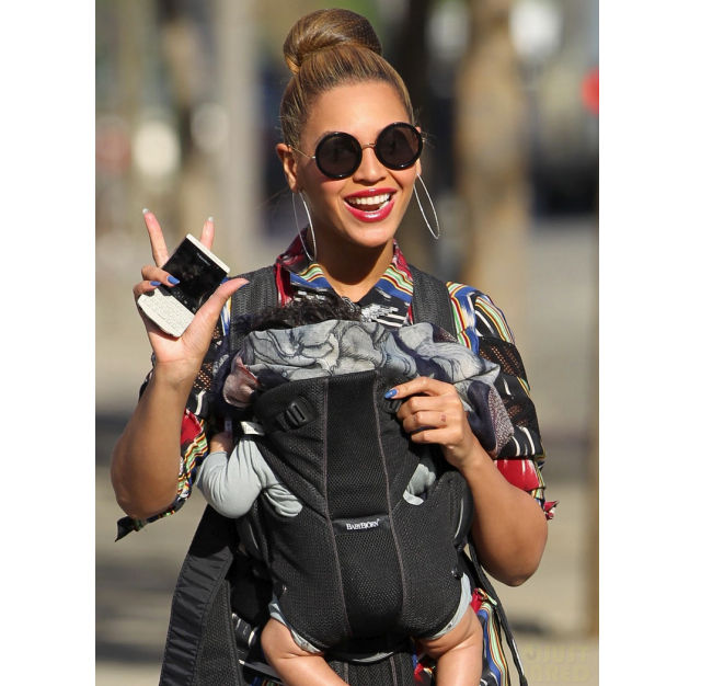 beyonce porsche design blackberry