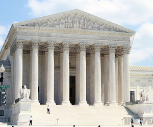Supreme Court 1 (Verge Stock)