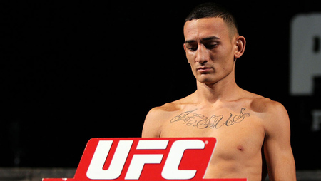 LAS VEGAS, NV - MAY 31: Max Holloway makes weight during The Ultimate Fighter Live weigh in at the Palms Casino Resort on May 31, 2012 in Las Vegas, Nevada. (Photo by Josh Hedges/Zuffa LLC/Getty Images via UFC.com)