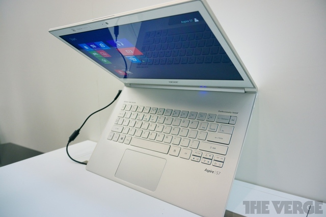 Gallery Photo: Acer Aspire S7 photos