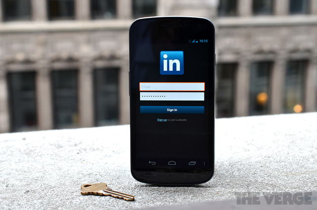 Linkedin password sign in android