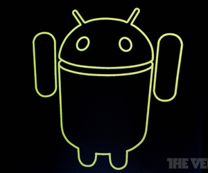 Android 4.0 welcome robot (STOCK)
