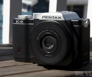 Pentax K-01 hero