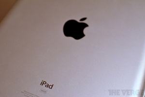 iPad 2 back 1024