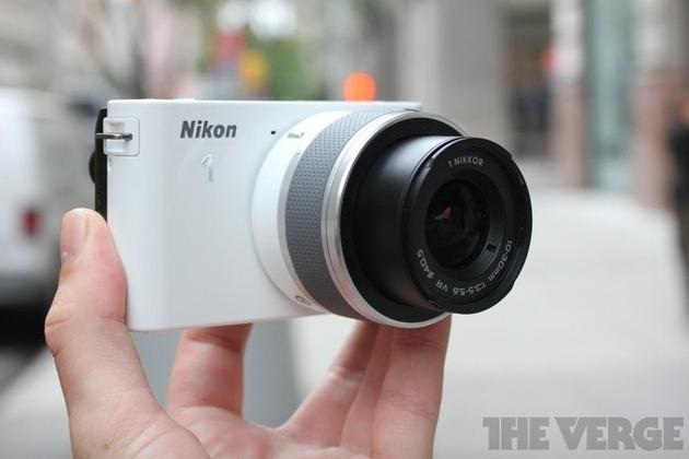 Nikon 1 series j1