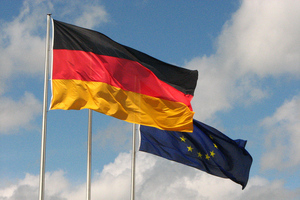 German Flag stock (Flickr/fdecomite)
