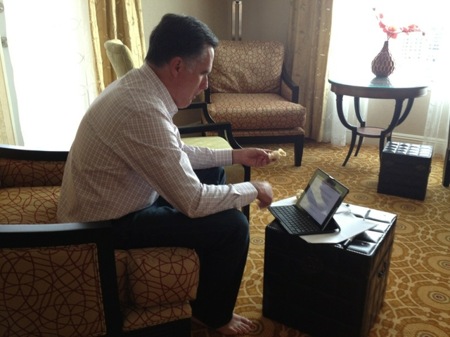 Mitt Romney writes RNC speech iPad