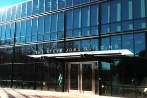 steve jobs building pixar