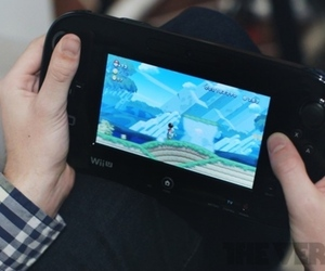 Nintendo Wii U on lap (875px)