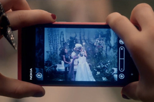 A Nokia Lumia 800 in Carly Rae Jepsen's &quot;This Kiss&quot;
