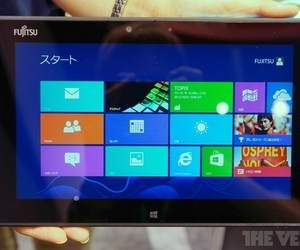 Fujitsu Arrows Tab QH55 Windows 8 tablet
