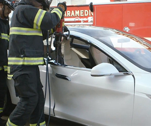 Tesla Model S jaws of life