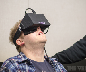 Tom Warren Oculus Rift STOCK