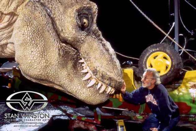 Jurassic_park_trex1_640_large