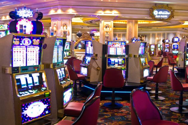Slot_machines_large