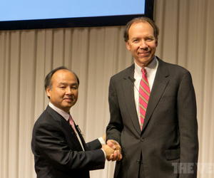 SoftBank CEO Masayoshi Son and Sprint CEO Dan Hesse
