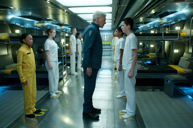 Enders-game-harrison-ford-asa-butterfield1_large