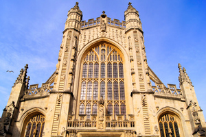 bath abbey (SHUTTERSTOCK)