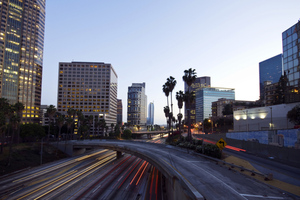 los angeles traffic (Mikhail Tchkheidze / Shutterstock)