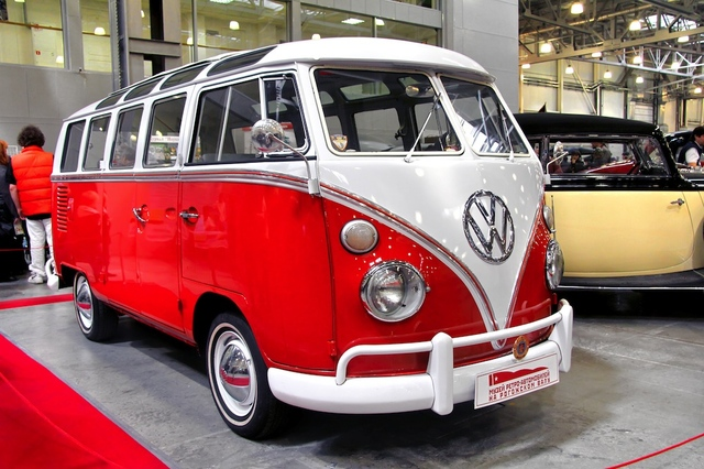 Volkswagen to end production of iconic hippie bus this year