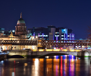 Dublin at night (Shutterstock)