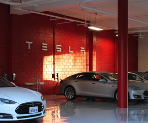 tesla motors dealership stock 1020