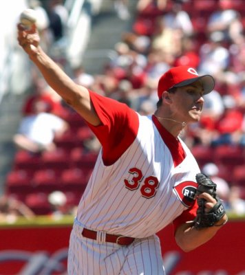 Ryan-wagner-with-cincinnati-reds_medium