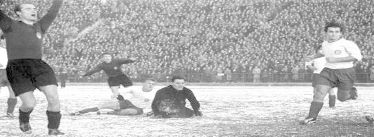 1957pokal action