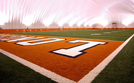 Indoor_facility_530_medium