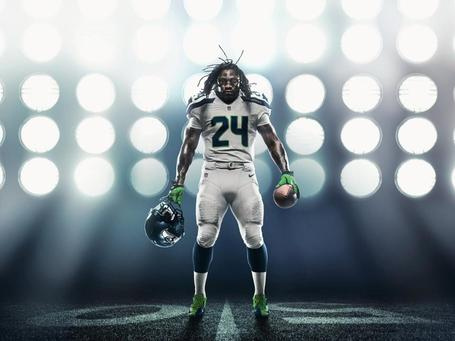 Lynch-white_nohelmet--nfl_mezz_1280_1024_medium