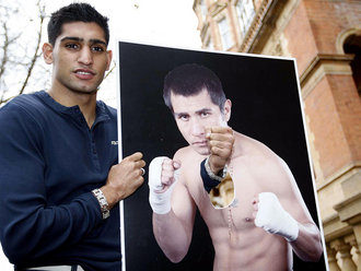 Amir-khan-barrera-picture_1784417_medium