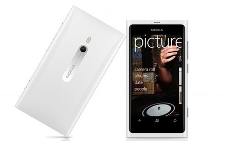White-lumia-900_medium